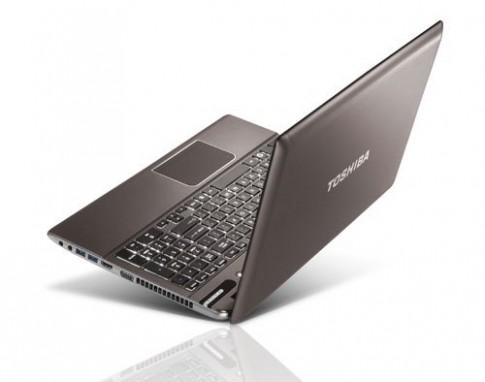 Laptop nổi bật bán tháng 4/2013