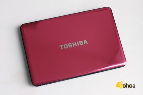 Laptop Toshiba Ivy Bridge giá 13,3 triệu