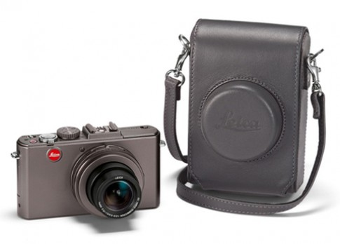 Leica D-Lux 5 Titanium giá 1.200 USD