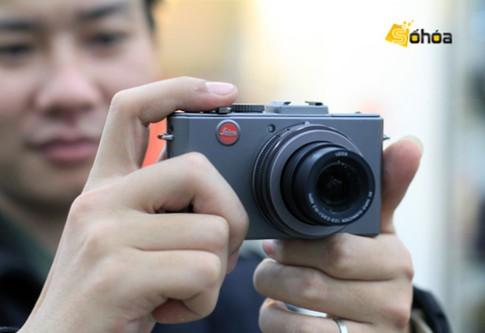 Leica D-Lux 5 Titanium giá 30,7 triệu