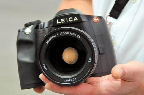 Leica hoãn thời điểm bán ra S2