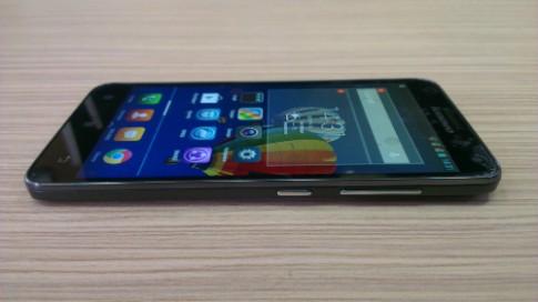 Lenovo ra mắt điện thoại mỏng 8,1 mm