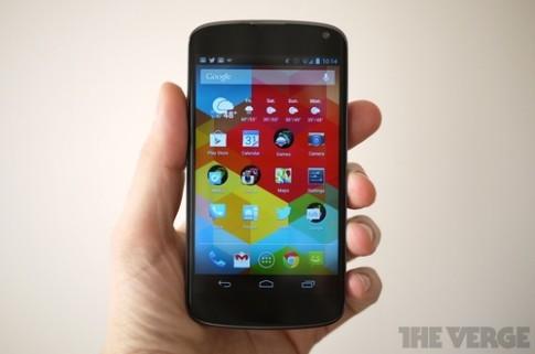 LG chuẩn bị bán Nexus 4 chính hãng