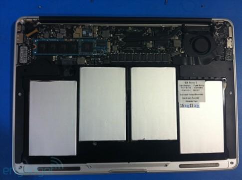 Lộ ảnh Macbook Air thế hệ hai