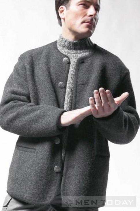 Loại bỏ mùi khó chịu của áo khoác len