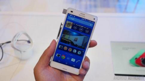 Loạt smartphone giảm giá trong tháng 3