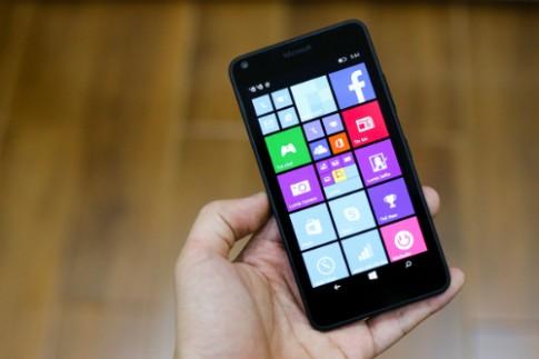 Loạt smartphone màn hình lớn mới ra, giá hấp dẫn