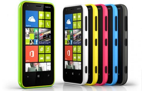 Lumia 620 chạy Windows Phone 8 giá hơn 5 triệu đồng