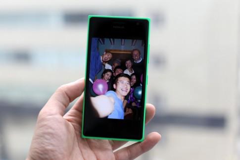 Lumia 730 - điện thoại chụp ảnh selfie tốt nhất năm 2014