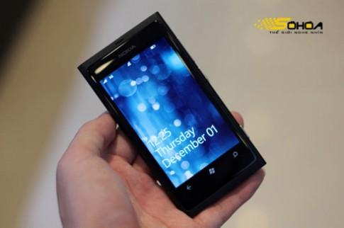 Lumia 800 bán khá chạy trước thềm năm mới
