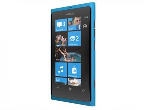 Lumia 800 có bản cập nhật khắc phục lỗi sạc pin
