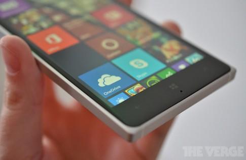 Lumia 830 là smartphone mỏng nhất dòng Lumia