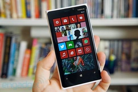 Lumia 920 giá gần 14 triệu, đặt hàng từ 26/11