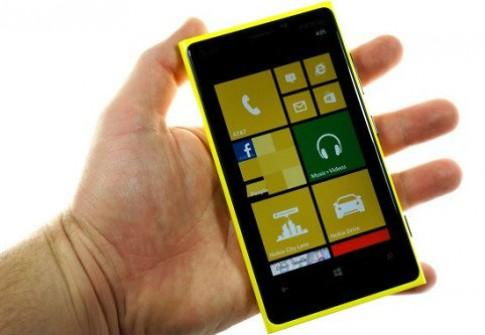 Lumia 920 lập kỷ lục về lượng hàng đặt mua trước