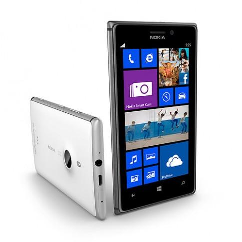 Lumia 925 'dáng mỏng' của Nokia có giá chính hãng gần 12 triệu đồng