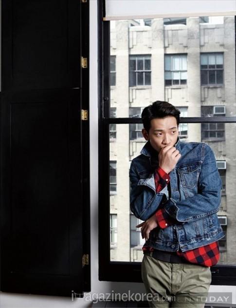 Mac jeans dep nhu sao nam xu Han