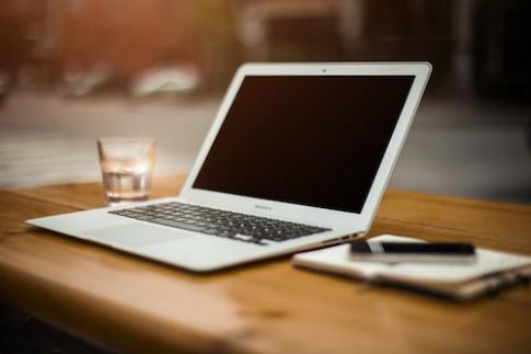 MacBook Air 12 inch siêu mỏng có thể ra mắt đầu năm tới