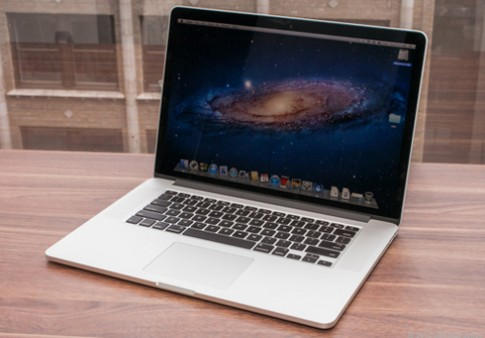 MacBook Pro 13,3 inch Retina có thể ra cuối hè này