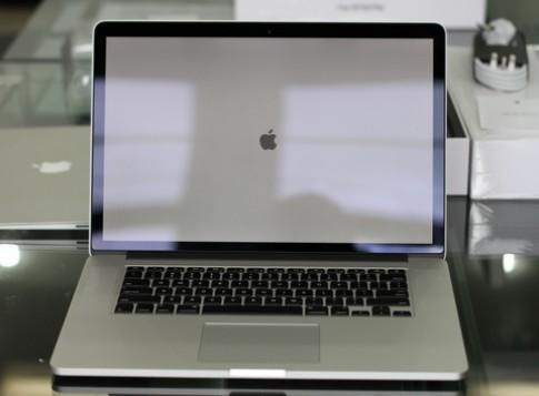MacBook Pro màn hình Retina về VN với giá 47 triệu đồng