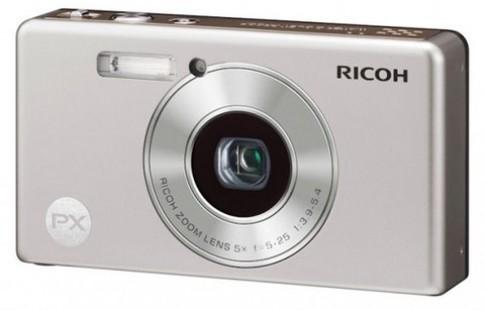 Máy ảnh chống nước, chống va đập mới của Ricoh