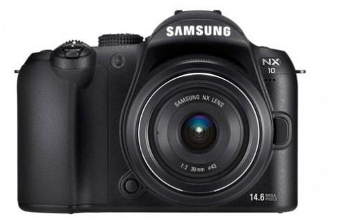 Máy ảnh DSL 'lai' đầu tiên của Samsung