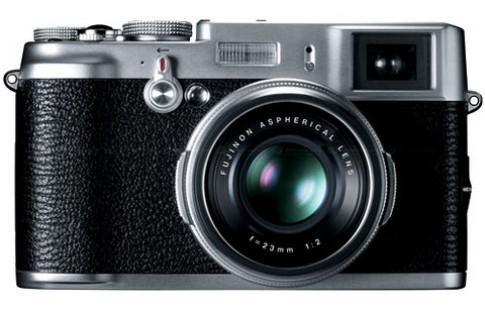 Máy du lịch mang cảm biến APS-C của Fujifilm