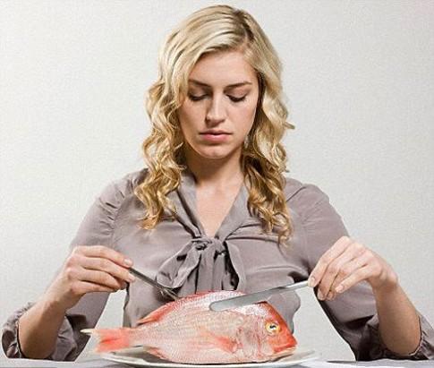 Mẹ ăn cá, con ít nguy cơ tăng động giảm chú ý