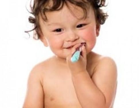 Mẹ làm... toilet răng!