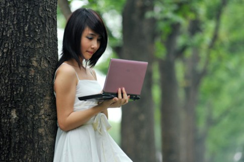 Miss Eee PC dieu cung netbook