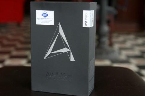 Mở hộp Astell