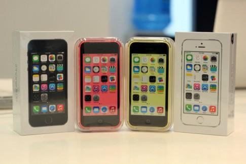 Mở hộp bộ đôi iPhone 5S và 5C chính hãng