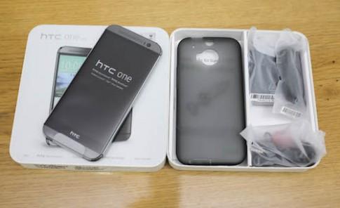 Mở hộp HTC One M8 chính hãng tại Việt Nam