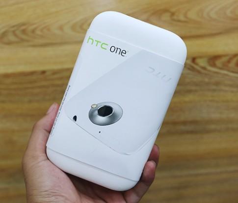 Mở hộp HTC One X 16 GB mới được bán lại tại Việt Nam