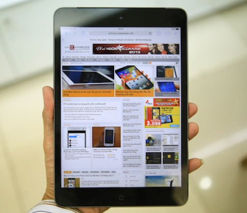 Mở hộp iPad Mini Retina 4G tại Việt Nam