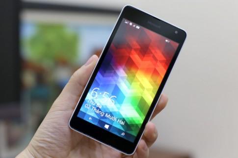 Mở hộp Lumia 535 - Windows Phone 5 inch, giá tốt