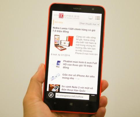 Mở hộp Nokia Lumia 1320 tại Việt Nam