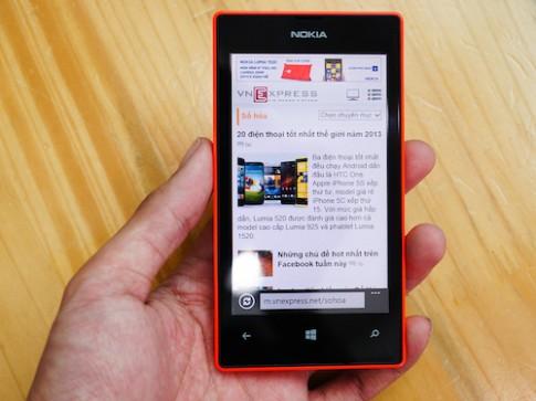 Mở hộp Nokia Lumia 525 chính hãng tại Việt Nam