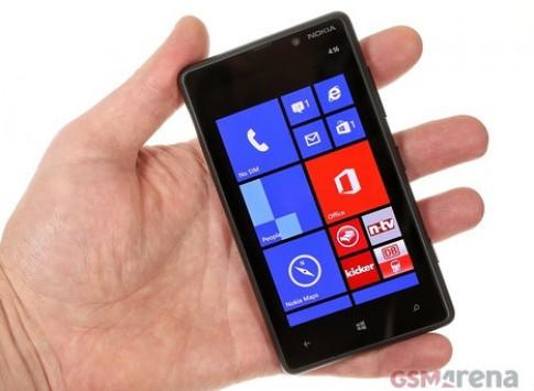'Mở hộp' Nokia Lumia 820