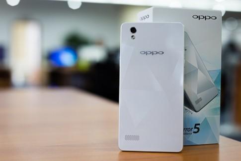 Mở hộp Oppo Mirror - smartphone 'kim cương' 2 sim