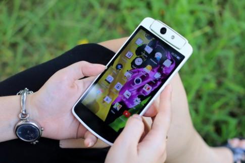 Mở hộp Oppo N1 Mini - smartphone camera xoay cho nữ
