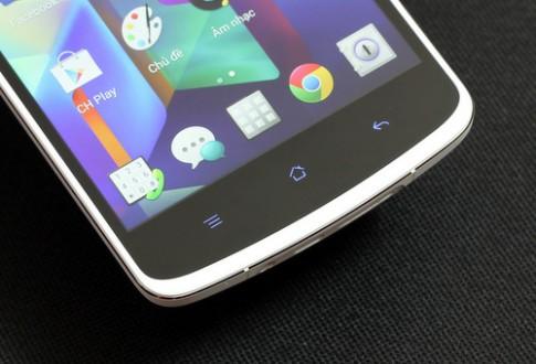 Mở hộp phablet Full HD Oppo N1 chính hãng (2)
