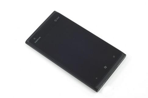'Mổ xẻ' Nokia Lumia 900