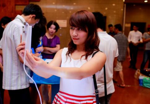 Mobiistar trình làng 3 mẫu smartphone lõi tứ tích hợp Opera Max