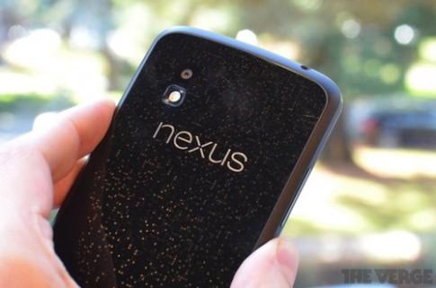 Nexus 4 cháy hàng, Google thông báo chờ 3 tuần
