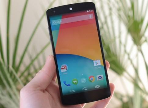 Nexus 5 đọ cấu hình với smartphone 'hàng khủng'