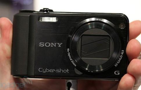 Ngắm 5 máy compact cảm biến CMOS của Sony