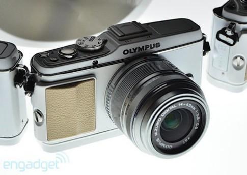 Ngắm máy ảnh mirrorless của Olympus