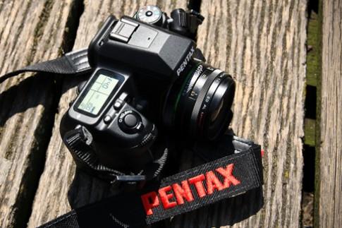 Ngam Pentax K-7 va chup thu