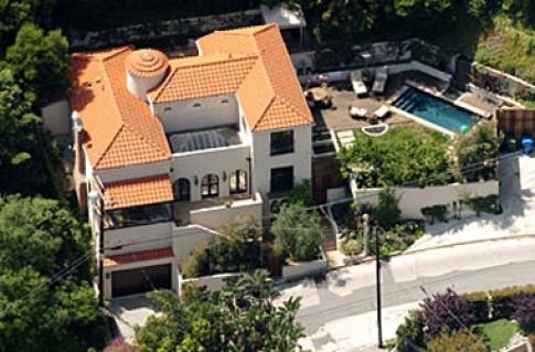 Ngôi nhà mới bán của Paris Hilton