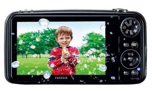 Người Mỹ hào hứng với máy ảnh 3D